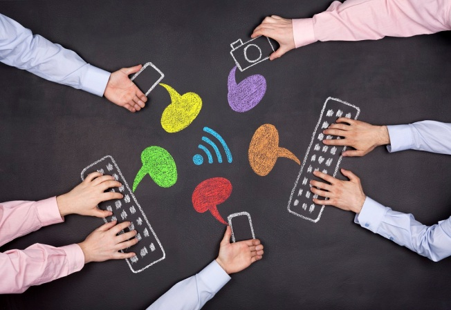Social media_marketing_23907489_Large